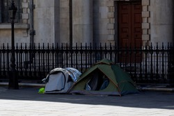 tents of homeless people in the middle of London