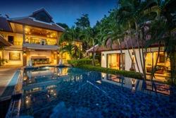 Thai Balinese  luxury villa with infinity swimming pool