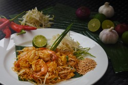 THai food and international food