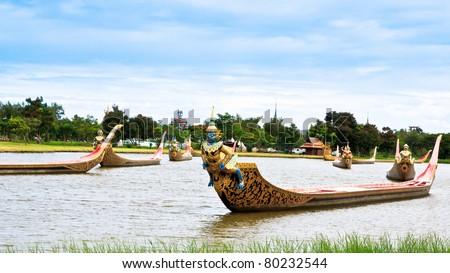 Thai royal barge, supreme art of Thailand