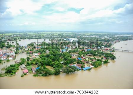 Thailand floods, Natural Disaster,  Helicopter surveys flood