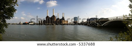 Thames River, London, panoramic shot taken in the soft evening light