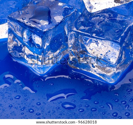 Thawing cubes of ice close up