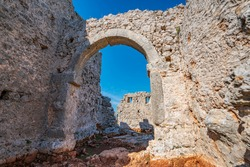 The ancient city of Lyrboton Kome, located in the Kepez on a hill in Varsak, discovered in 1910, an important olive oil production center in the region and had close ties to Perge, Antalya