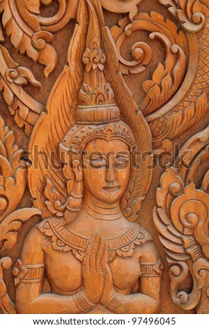 The angels are carved in the door of the temple of Wat Thai vow.