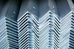 The arrangement of hot-dip steel angle before packing.