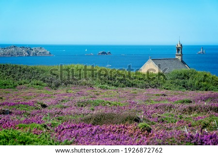 The atlantic coast at the Pointe du Raz in Cap Sizun, in Finistère, Britanny, France Foto stock ©
