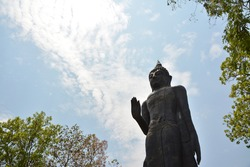 The attitude of persuading the relatives not to quarrel, Standing Buddha image, north of thailand, Budha image