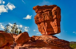 The Balanced Rock, Leaning Rock. The Garden of the Gods, Colorado, USA