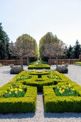The beautiful formal gardens at Niagara Falls, Ontario are open to the public year round.