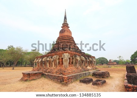 The beauty of Sukhothai Historical Park.The city has been recognized by UNESCO as a World Heritage sites.There has flourished as a center of government ,religion and the economy.