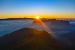 The best sunrise I've ever seen: Adam's Peak