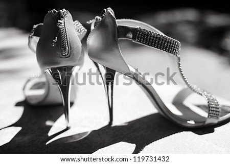 The bride's beautiful wedding day shoes