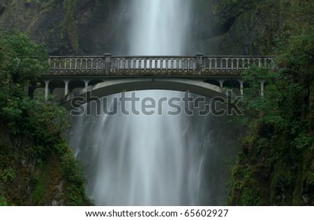 The bridge at Multnomah Falls