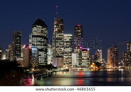 The Brisbane River and City right on dusk, featuring the Kangaroo Point reach of the River.