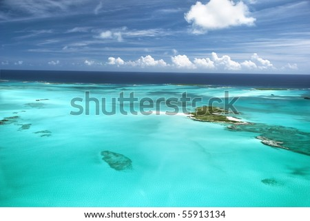 The caribbean ocean, sandbars and islands. An incredible and surreal scene in the beautiful Bahamas.