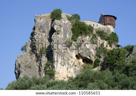 The castle of Petrele is one of the tourist locations close to Tirana. The Castle is perched on a rocky hill, above the village with the same name