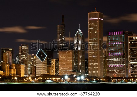 The Chicago skyline of a major city.