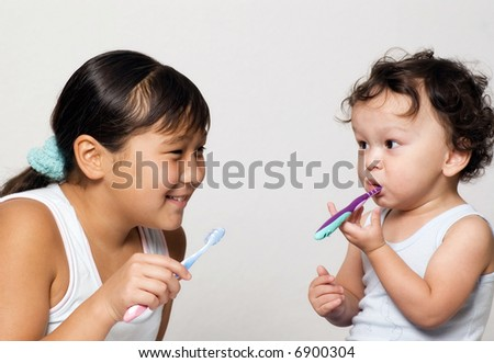 The child to study  clean a teeth.