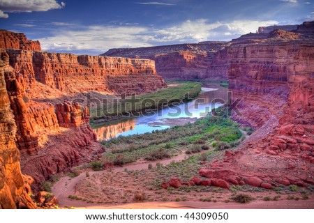 The Colorado River that runs through Canyonlands National Park is located near the city of Moab, Utah.  Processed using HDR.