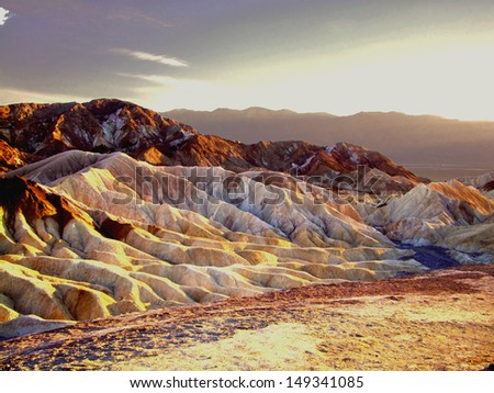 The colors of the sunset in Death Valley