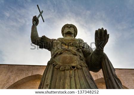 alfarano sindaco barletta statue - photo#21