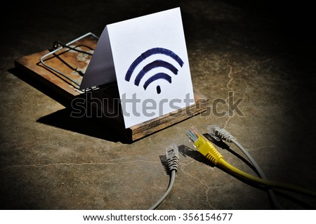The dangers and risks of Free Wi-fi. Cyber crime and hacking