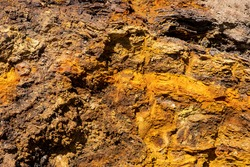 The different colors formed according to the structure of the soil in the eroded mountains create a visual feast