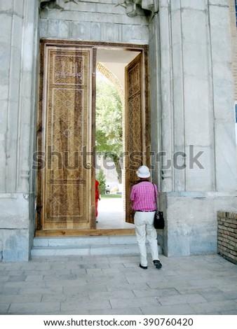 The door of architectural ensemble Bibi-Khanim in Samarkand, Uzbekistan