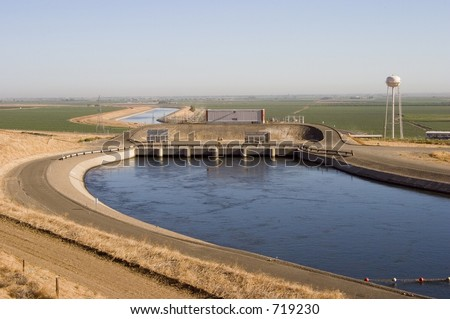 "The ""Dos Amigos"" pumping plant pushes water up hill on the San Luis Canal, part of the California Aqueduct system."