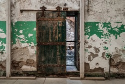 The Eastern State Penitentiary a former American prison in Philadelphia, Pennsylvania was operational from 1829 until 1971and held criminals such as Al Capone and bank robber Willie Sutton. Cell block