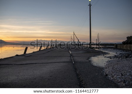 The evening sea