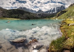The famous beautiful turquoise lake Shavla in the mountains of Altai, Russia