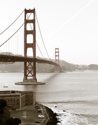 the famous Golden Gate Bridge, San Francisco in the afternoon, USA