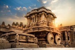 The famous Stone Chariot monument at Hampi India