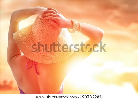 the girl is happy summer sun #190782281