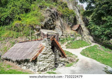 The Gold Miners Hut At The Historic Chinese Settlement In Arrowtown