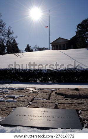 The grave of President John F. Kennedy, eternal flame and the Arlington House at the Arlington National Cemetery in Virginia.