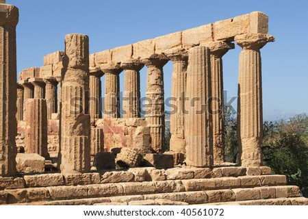 "The historic temple ""Juno-Tempel"" in Sicily"