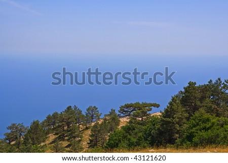 The horizon line between sea and sky