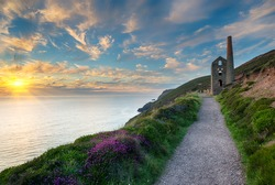 The iconic ruins of the Wheal Coates engine house perched on cliffs on the Cornwall coast at St Agnes