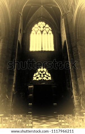 the interior of the notre dame...