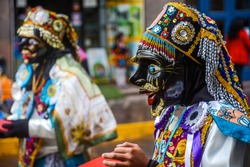 The Inti Raymi or Sun Festival in Perù, is the biggest celebration of the year, mixing ancient Inka traditions with the catholic celebrations brought by the Spanish.