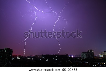 The lightning in the night sky of city