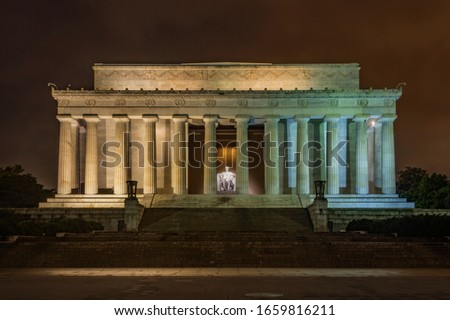 The Lincoln Memorial in Washington D.C. on a cloudy night Stock photo ©