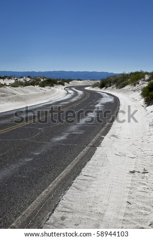 The lone road through the White Sands National Monument