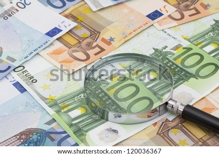 The magnifying glass on Euro notes