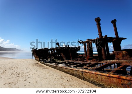 The Maheno wreck on Fraser Island, the world largest sand island (Australia)