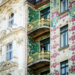 The Majolica House (Majolikahaus) with its floral ornamentation near Naschmarkt in Vienna (Austria); famous example of Jugendstil (art nouveau) buildt by Otto Wagner il 1899