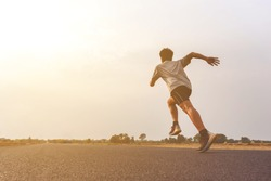 The man who ran on the road ran for exercise in the evening.